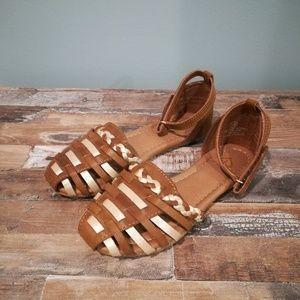 NWOT Justice Sandals